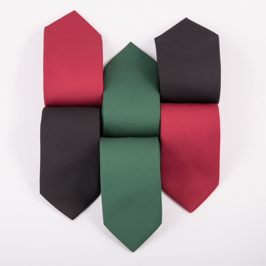 bestickte Krawatten